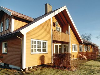 Beautiful home in Dilling w/ Sauna, WiFi and 4 Bedrooms