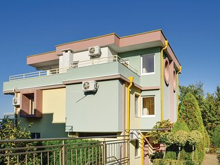 Awesome home in Sozopol w/ WiFi and 5 Bedrooms