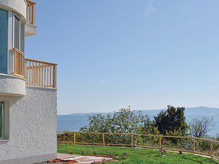 Nice home in Sozopol w/ WiFi and 2 Bedrooms