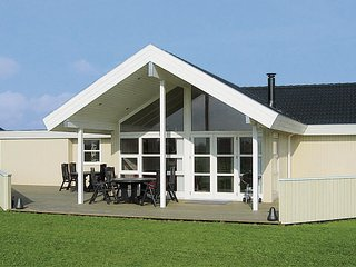 Nice home in Otterup w/ Sauna, WiFi and 3 Bedrooms