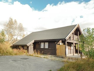 Amazing home in Hovden w/ Sauna and 4 Bedrooms (N35105)