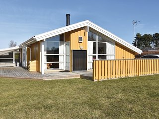 Stunning home in Otterup w/ Sauna, 4 Bedrooms and WiFi