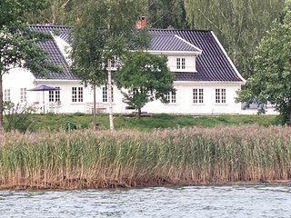 Amazing home in Sætre w/ 6 Bedrooms