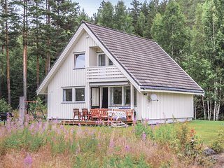 Nice home in Gransherad w/ Sauna and 5 Bedrooms