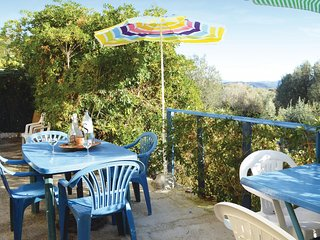Amazing home in Serra di Ferro w/ 3 Bedrooms and WiFi