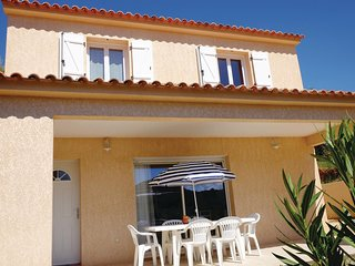 Awesome home in Porticcio w/ WiFi and 2 Bedrooms