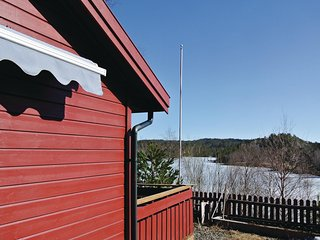 Nice home in Lyngdal w/ Sauna and 4 Bedrooms