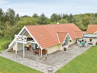 Nice home in Spøttrup w/ 3 Bedrooms (B5106)