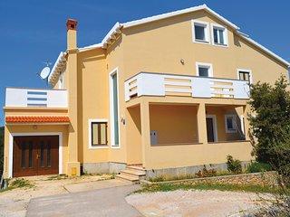 Beautiful home in Kukljica w/ WiFi and 2 Bedrooms