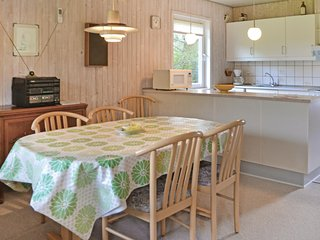 Amazing home in Vejers Strand w/ 3 Bedrooms and WiFi