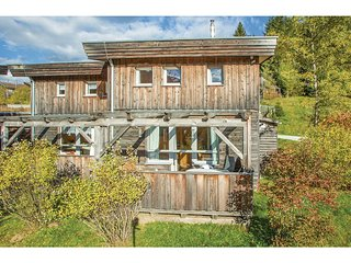Stunning home in Hohentauern w/ 3 Bedrooms