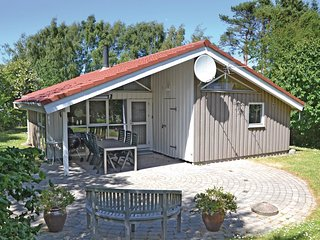Amazing home in Vejby w/ Sauna, WiFi and 3 Bedrooms
