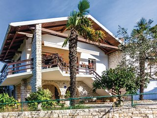 Amazing home in Medulin w/ WiFi and 3 Bedrooms