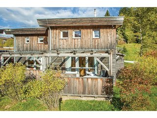 Beautiful home in Hohentauern w/ 4 Bedrooms