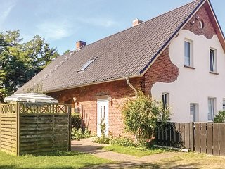 Awesome home in Zingst w/ WiFi and 1 Bedrooms