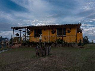 Cabaña San Miguel Ven desconectate de la rutina y disfruta de la hermosa vista.