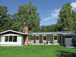 Awesome home in Frederiksvaerk w/ WiFi and 3 Bedrooms