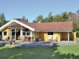 Amazing home in Melby w/ Sauna, WiFi and 3 Bedrooms