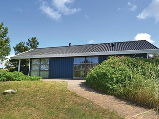 Beautiful home in Fanø w/ 3 Bedrooms (M21282)
