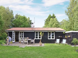 Nice home in Frederiksvaerk w/ WiFi and 2 Bedrooms