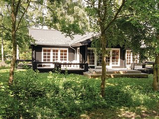 Awesome home in Frederiksvaerk w/ Sauna, WiFi and 3 Bedrooms