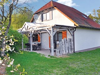 Awesome home in Fuhlendorf w/ WiFi and 3 Bedrooms