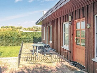Awesome home in Ins. Poel OT Kaltenhof w/ Sauna and 3 Bedrooms