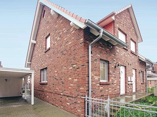 Beautiful home in Insel Poel/Timmendorf w/ 4 Bedrooms