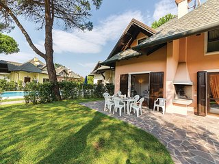 Awesome home in Albarella RO w/ 3 Bedrooms, Outdoor swimming pool and Outdoor sw