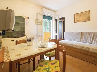 Beautiful apartment in Porto Garibaldi FE w/ 1 Bedrooms
