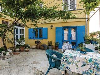Amazing home in Posedarje w/ WiFi and 3 Bedrooms