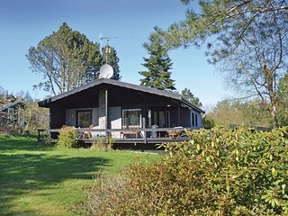 Beautiful home in Vejby w/ WiFi and 2 Bedrooms