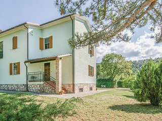 Stunning home in Spoleto -PG- w/ WiFi and 3 Bedrooms