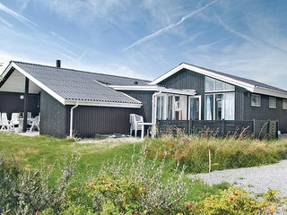 Stunning home in Fanø w/ Sauna, WiFi and 4 Bedrooms (M21010)