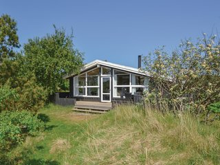 Awesome home in Fanø w/ Sauna and 3 Bedrooms (M21067)