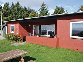 Awesome home in Esbjerg V w/ WiFi and 3 Bedrooms