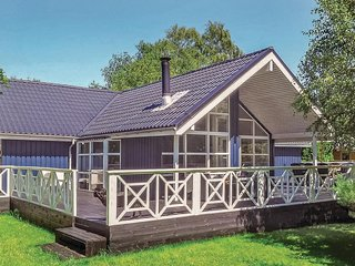 Nice home in Vig w/ Sauna, WiFi and 4 Bedrooms