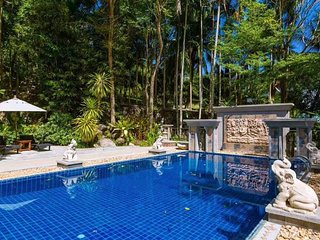 1600㎡Cozy luxurious Villa in Patong