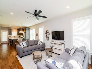 Brand-New Nashville Home w/ 2 Decks, 10 Minutes to Downtown