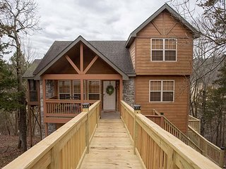 A tranquil escape to a 2 bedroom, 2 bath lodge located at Stonebridge Resort!