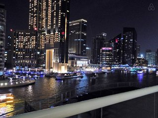 Spectacular 2 BR with full Dubai Marina View