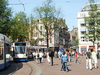 ELEGANCE IN MIDDLE OF THE VIBRANT LEIDSEPLEIN AREA