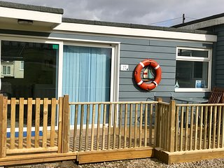 Ocean Decks at Sandown, free WIFI, Netflix, Dog Friendly, Seaside Location