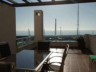RMP 60Duplex Con Vistas Espectaculares al Mar Residencial Marina del Port