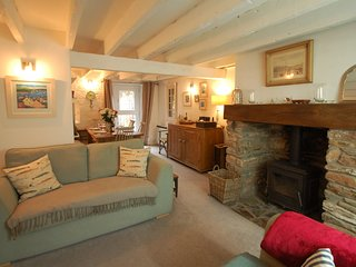 Oyster Cottage - Beautiful cosy 3 bed cottage near Salcombe, Devon