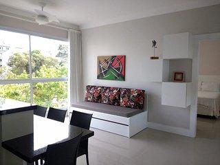 Otimo apartamento para ate 4 pessoas, 20 metros da praia, 2 quarteiroes centro