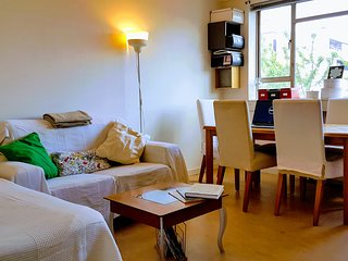 London Calling - Cosy two bedroom flat, King's X