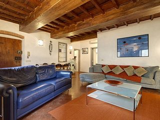 Magalotti Apartment Close To Piazza Santa Croce