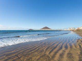 HomeLike El Medano Beach + Wifi