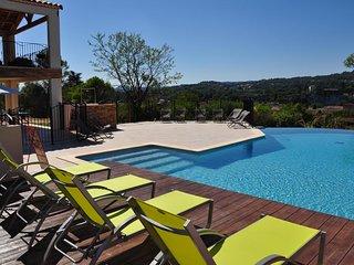 Gites de vacances 3* (classe en 2019) dans residence avec piscine